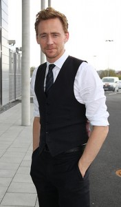 Tom Hiddleston, Alica Mckenna Johnson